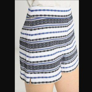 GAP High Waisted Embroidered Shorts Blue White NWT